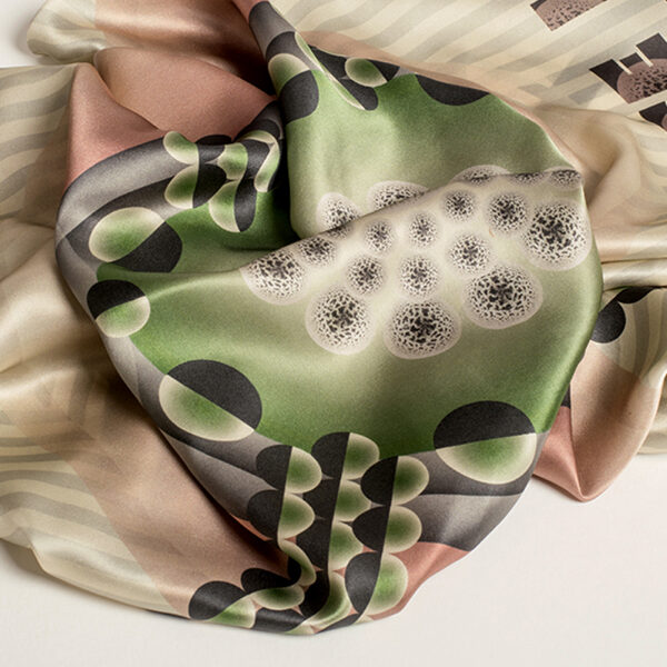 Foulard-dandelion-green-layer.jpg