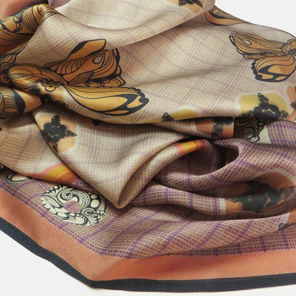 foulard-fligh-high-soft-mandarin-close-up.jpg